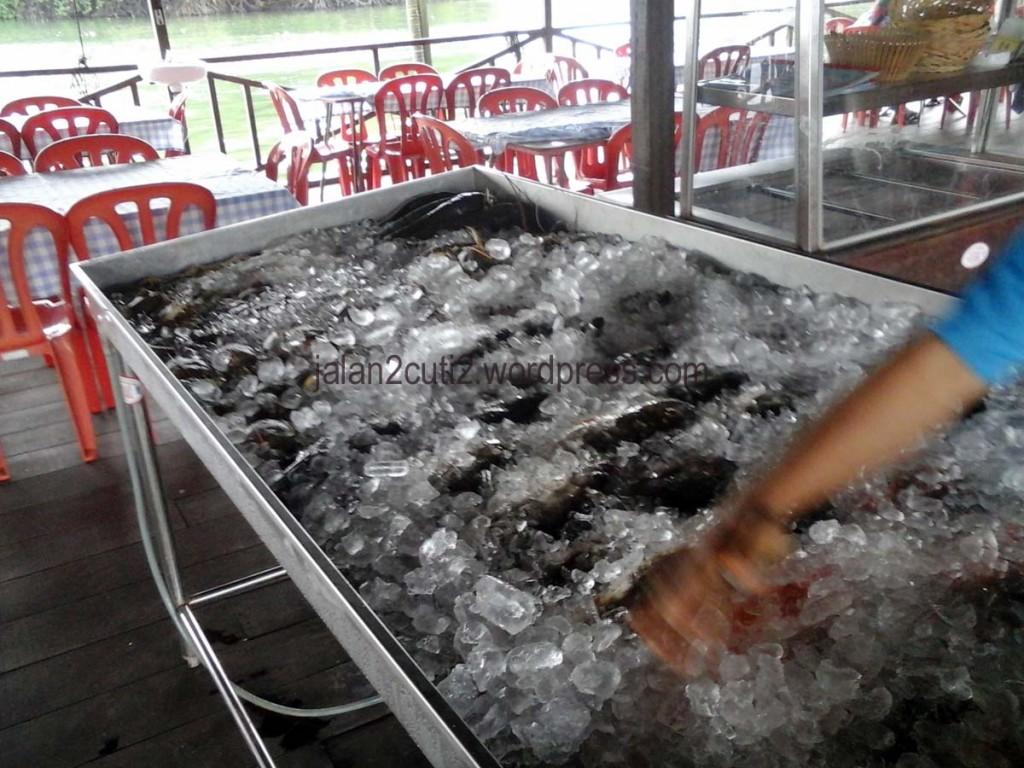 homestay-legoland-restoran pendas